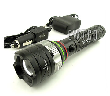 CREE XM-L T6 LED 1600 Lum Flashlight Torch Z15 Rechargeable Zoomable Zoom IN/OUT